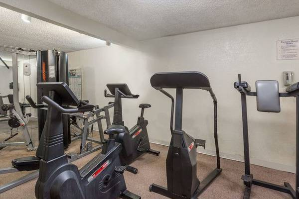 Gym ramada gateway orlando hotel florida