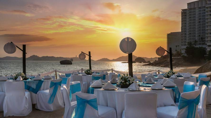 Events calinda beach acapulco hotel