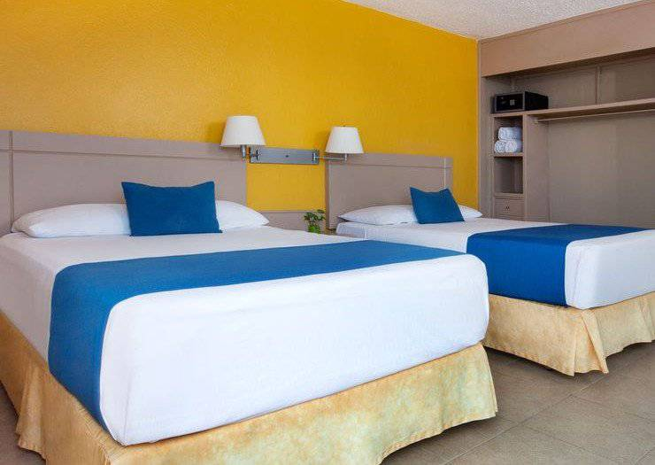 Standard room with mountain view calinda beach acapulco hotel