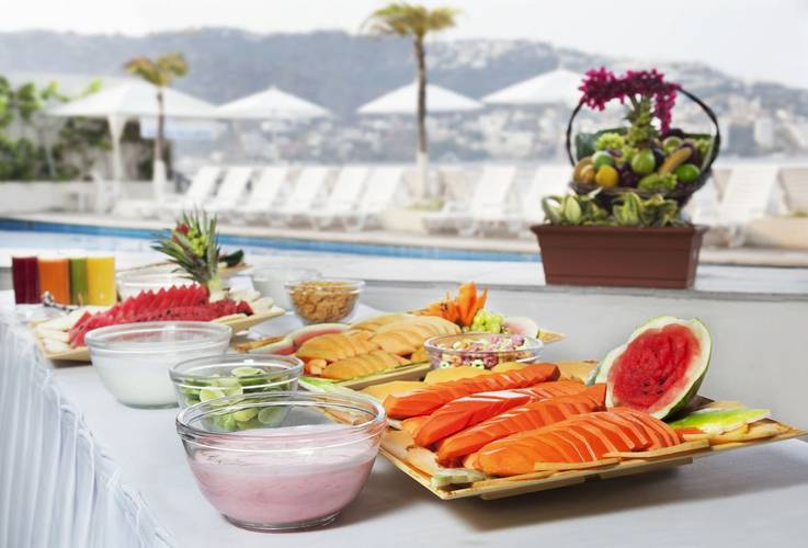 Buffet breakfast calinda beach acapulco hotel