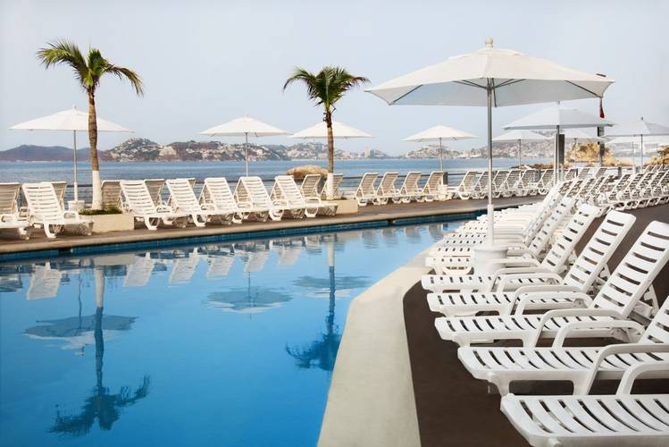 Outdoor swimming pool calinda beach acapulco hotel
