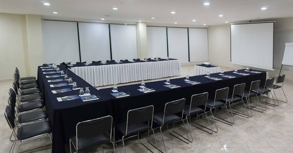 Meeting room calinda beach acapulco hotel