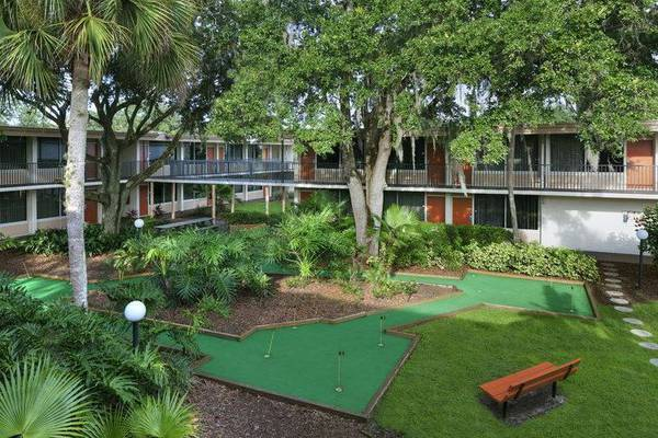 Mini golf hotel ramada gateway orlando florida