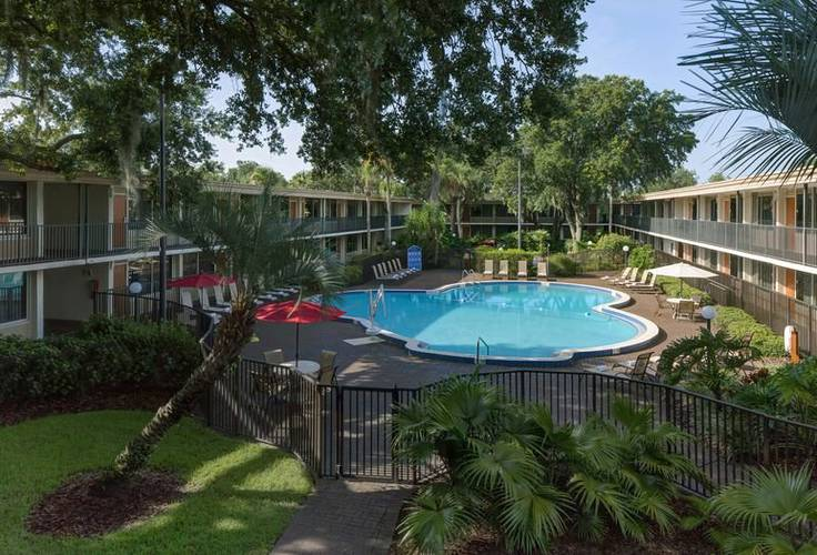 Swimming pool Ramada Gateway Orlando Hotel Kissimmee, Orlando